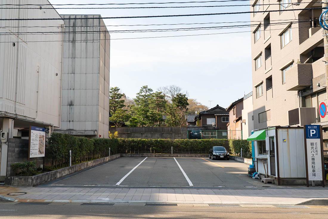 近江町観光バス駐車場